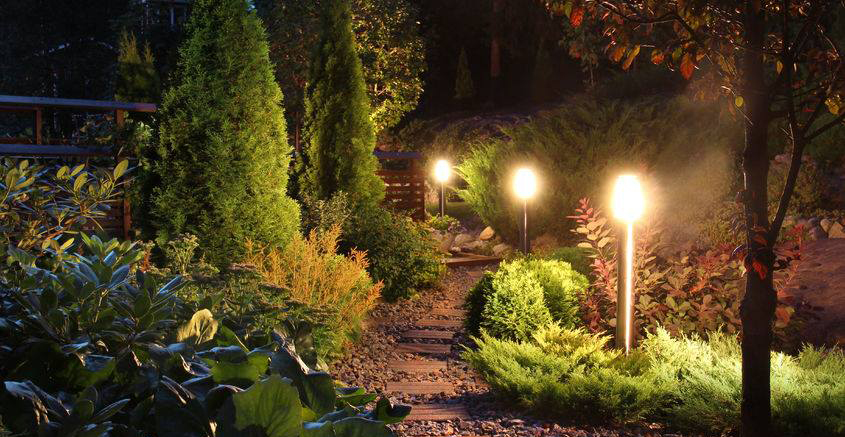 Fall outdoor lighting tips to remember this season.