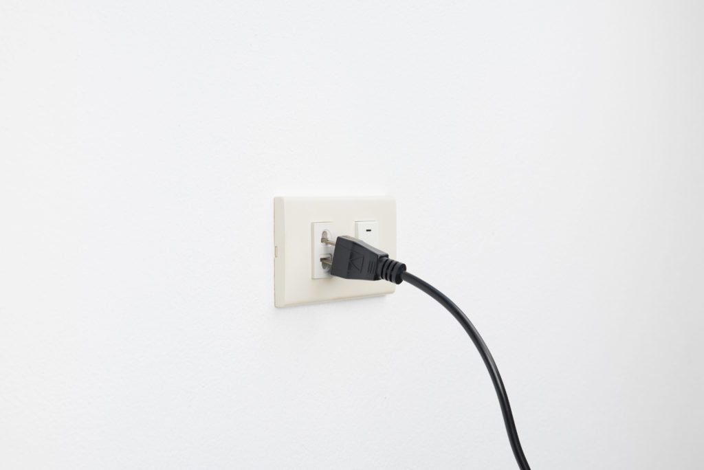 Plug fall out of outlets, loose plug