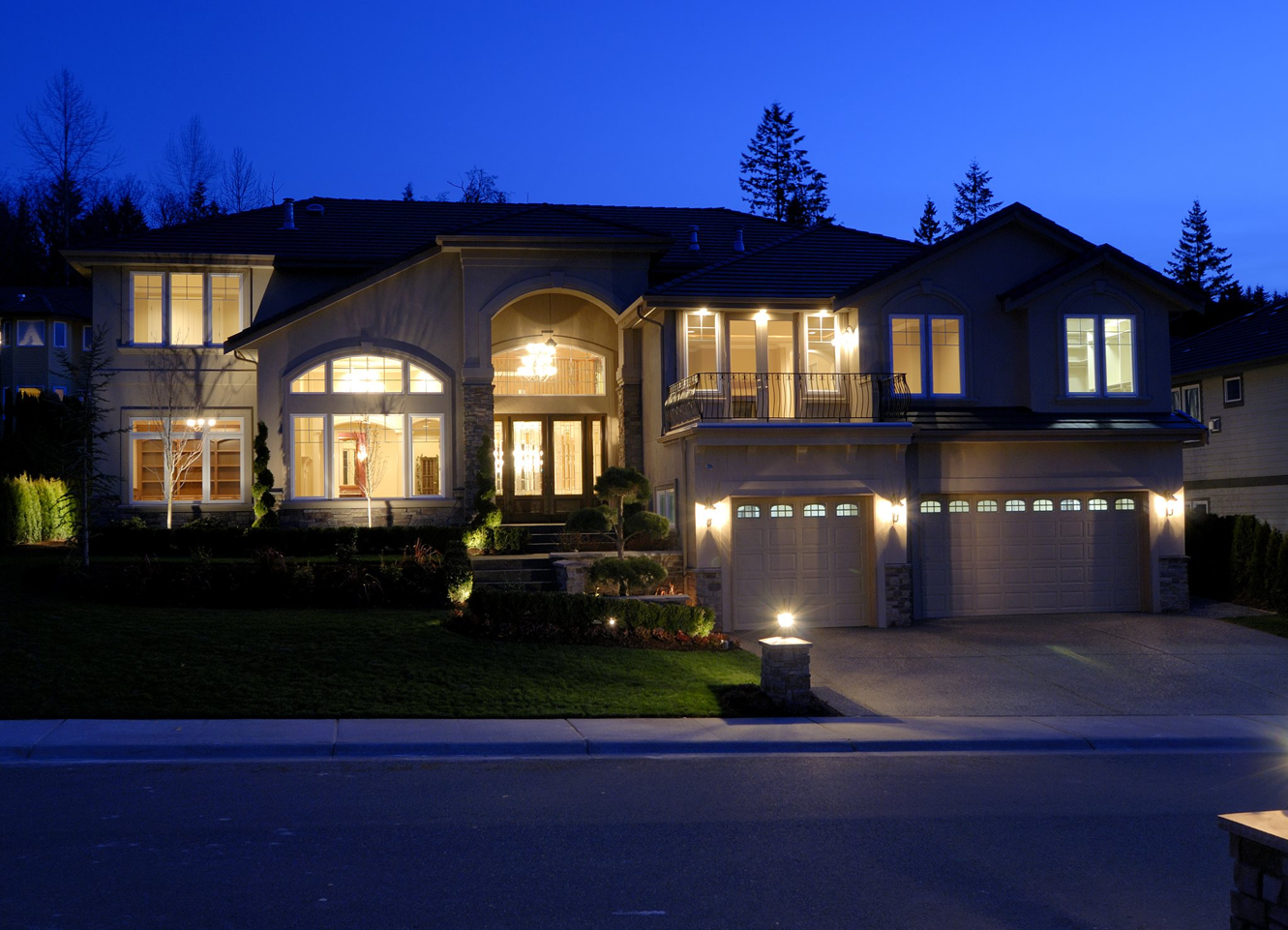 Outdoor lighting from Eric Krise Electric